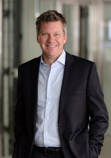 David Greenland : Chief Executive Officer